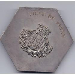 MEDAILLE Ville de VICHY Signée Cam