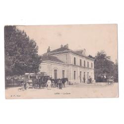 CPA (30) UZES - La Gare