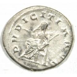 """Romaine - Antoninien ETRUSCILLE 250 AP J.C. """"la pudeur"""" Ric 59b"""