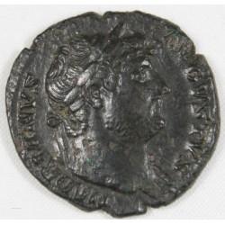 Romaine - As HADRIEN R/ SALUS - 128 AC -RIC 678