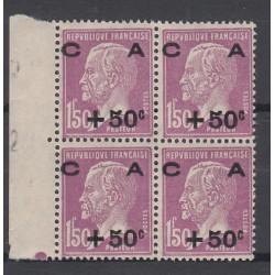 BLOC DE 4 TIMBRES N°251 Bord de feuille  Année 1928  NEUF* *  Côte 576  Euros