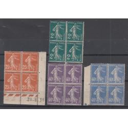 4 BLOCS DE 4 TIMBRES N°235/237 et 239 Année 1927  NEUF*   Côte 144  Euros