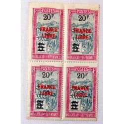 Rare Madagascar 20 F. s 5 F. FRANCE LIBRE N° 255 se tenant au 255a SIGNE