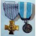 Lot de 2 décorations: Croix du combattant dorée + Médaille coloniale
