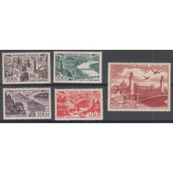 5 TIMBRES POSTE AERIENNE N°24 à 28 NEUFS** 1949 Côte 119 Euros
