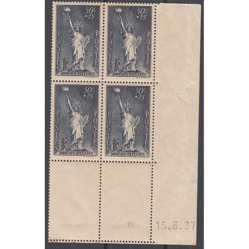 BLOC DE 4 TIMBRES COIN DATE Etats-Unis N° 352  1937 NEUF