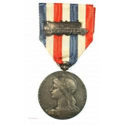 Médaille Argent Chemins de fer avec agrafe locomotive, attribuée en 1922