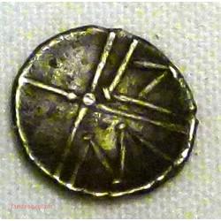 SALYENS – Obole stylisée MA – 150-50 av J.C