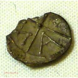 GAULOISE - Nimes - Obole aux lettres bouletées et T derrière la nuque