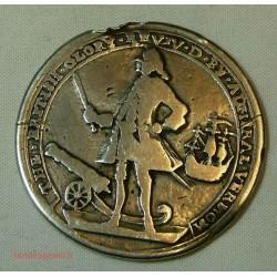 rare The british glory, silver médal l'amiral Vernon Porto Vello 1739