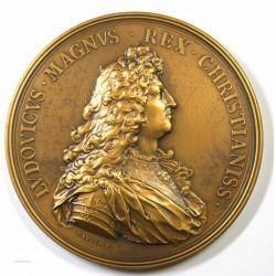 Médaille Bronze, LOUIS XIV L'audience du légat Chigi 1664, 73mm