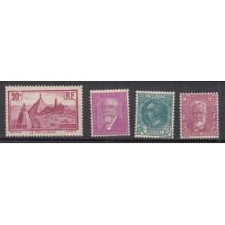 TIMBRES ANNEE COMPLETE 1933 N°290 à N°293 NEUFS** COTE 152 Euros L'art des Gents