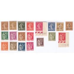 TIMBRES ANNEE COMPLETE 1932 N°277A à N°289 NEUFS** N°287 Signé N° 285 Coin feuille COTE 346 Euros l'Art des Gents