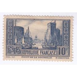 TIMBRE N°261 PORT DE LA ROCHELLE  NEUF  Côte 84 Euros