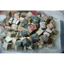 ROYAUME-UNI GB + de 11000 timbres oblitérés one penny, 2.1/2d