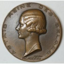 Médaille LEOPOLD III et ASTRID Roi et Reine des Belges 1935 patr TURIN
