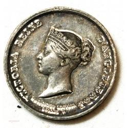 Médaille étain Napoléon III reçoit la Queen Victoria 1855