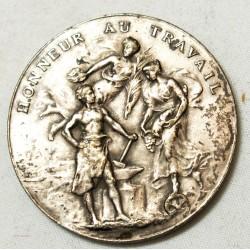 Médaille bronze argentée Honneur et Travail attribuée en 1934