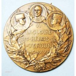 Médaille A la gloire des Héros de VERDUN 1916 par CH. PILLET