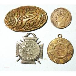 lot de 6 Médailles à voir...