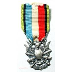 """Médaille de vétéran 1870 """"oublier, jamais"""", Lartdesgents.fr"""