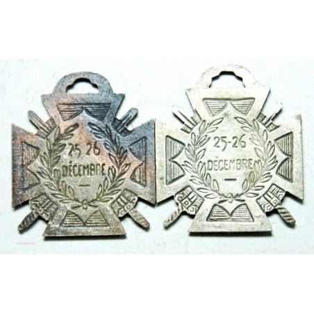 MEDAILLES - JOURNEE DU POILU - 1915 -- 25 - 26 DECEMBRE
