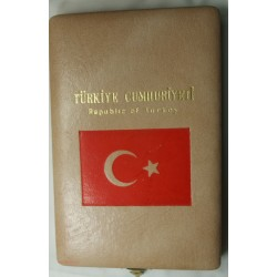 "Coffret avec la Série des monnaies de Luxe ""ATATÜRK"" Turkiye CUMHURIYETI"