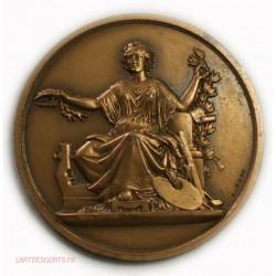 Médaille Déesse des arts par A. BOVY 1959, lartdesgents.fr