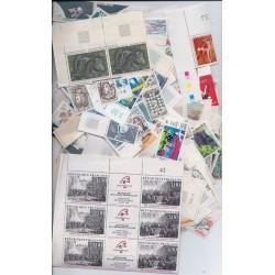 lot de 100 Euros de timbres neuf Faciale en EURO à -35% PORT OFFERT FRANCE