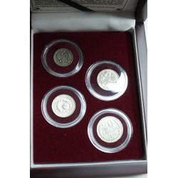Coffret bois, 4 monnaie argent Russe 10 à 20 Kopeks, lartdesgents.fr