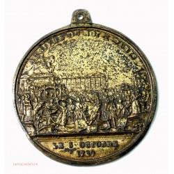 Rare Médaille uniface Arrivée du roi à Paris le 6 octobre 1789 par ANDRIEU