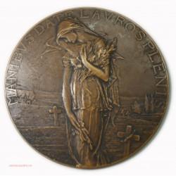 Médaille uniface MANIBVS DATE LAVROSPLENIS 1918 par P.M. DAMNANN