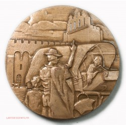 Médaille Les Saintes Maries de la mer 1966, lartdesgents.fr
