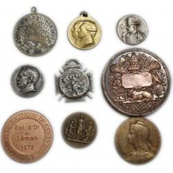 lot de 9 Médailles à voir... (3) lartdesgents Avignon
