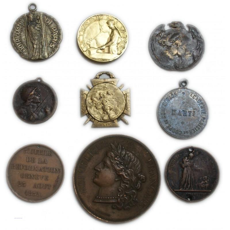Lot de 9 Médailles à voir... (5) lartdesgents Avignon