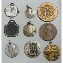 Lot de 9 Médailles à voir... (9) lartdesgents Avignon