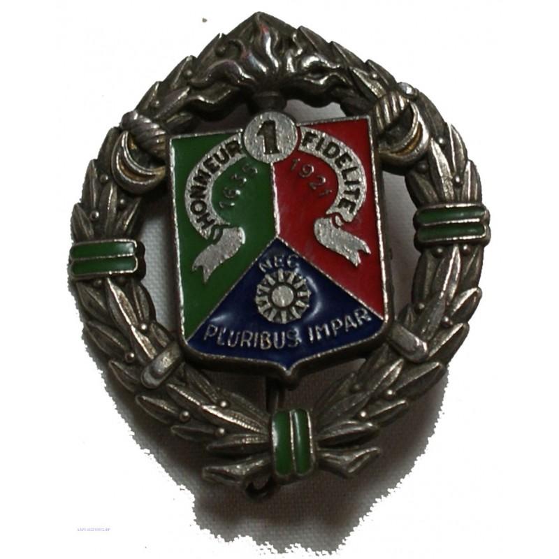 Insigne militaire HONNEUR FIDELITE NEC PLURIBUS IMPAR 1635-1921