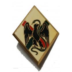 insigne DRAGO PARIS du 1° Régiment Etranger, losange, dos guilloché embouti