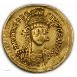 Solidus de THEODOSE II, 408-450 AP.  J.C. TTB