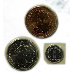 FDC  -1 Centime, 2 Francs, 10 Francs 1983 sous blister, lartdesgents.fr